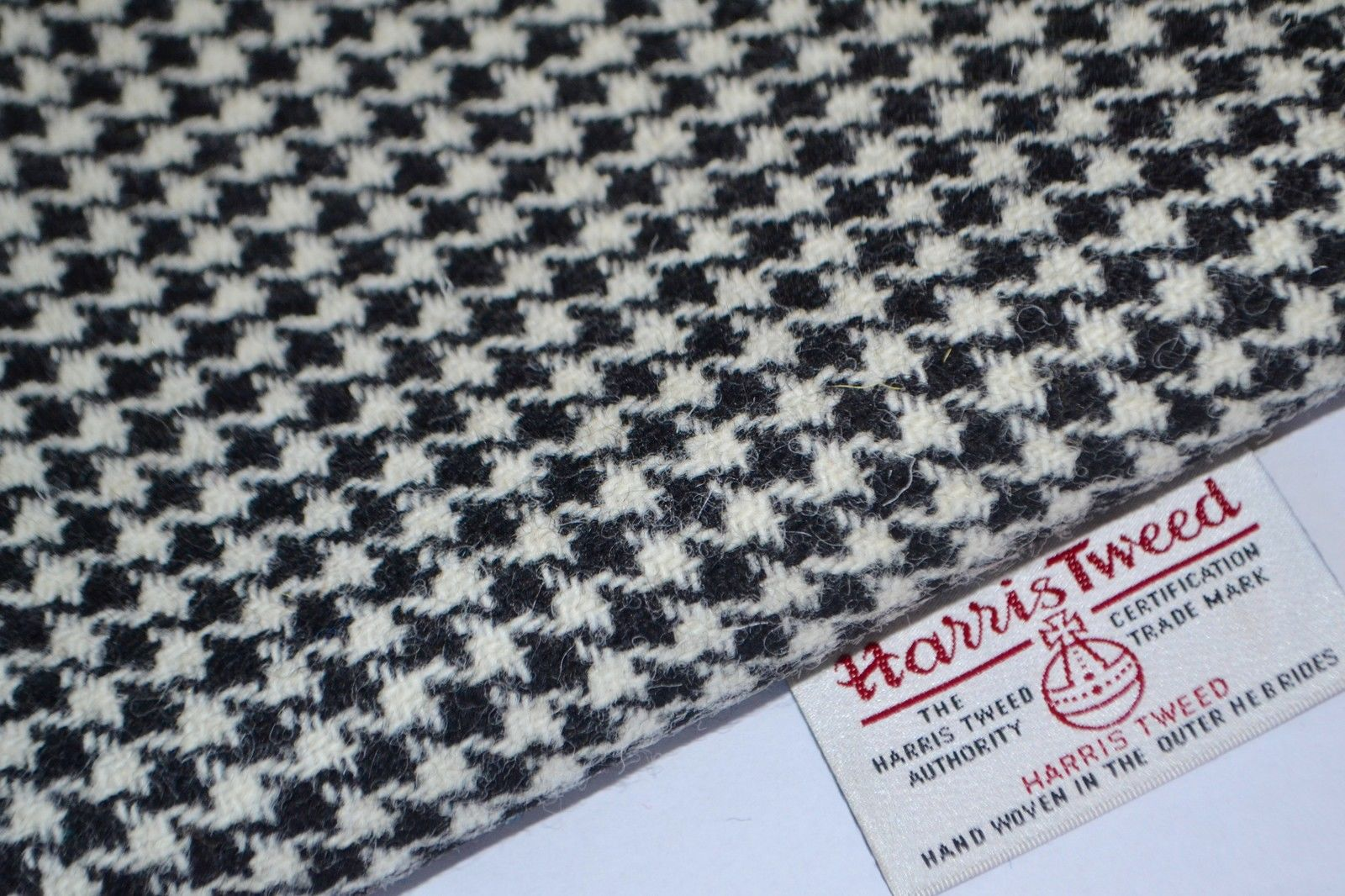 Harris Tweed Fabric Labels Black White Houndstoot Craft Upholstery Tailoring