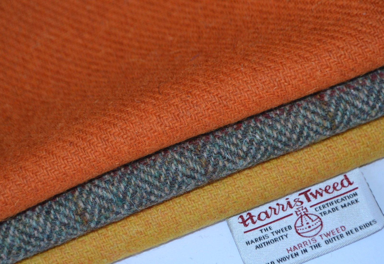 HARRIS TWEED /& LABELS ALL SIZES bundles wool craft quilting patchwork yellow